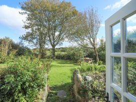 Ffrwd Cottage - Anglesey - 1008824 - thumbnail photo 12