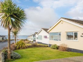 Flip Flops - Anglesey - 1008825 - thumbnail photo 1