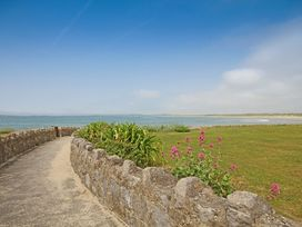 Flip Flops - Anglesey - 1008825 - thumbnail photo 4