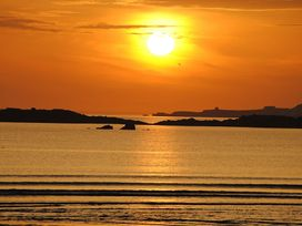 Flip Flops - Anglesey - 1008825 - thumbnail photo 24