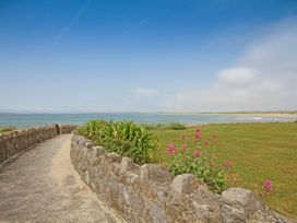Flip Flops - Anglesey - 1008825 - thumbnail photo 30