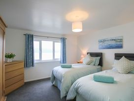 Glan Dwr Bach - Anglesey - 1008839 - thumbnail photo 13