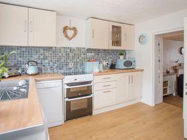 Kite Cottage - Anglesey - 1008894 - thumbnail photo 2