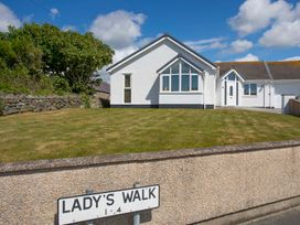 Lady's Walk - Anglesey - 1008895 - thumbnail photo 1