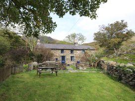Llwyn Bedw - North Wales - 1008903 - thumbnail photo 3