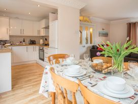 Mews Cottage - Anglesey - 1008923 - thumbnail photo 7