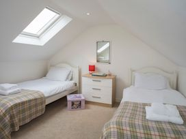 Mews Cottage - Anglesey - 1008923 - thumbnail photo 19