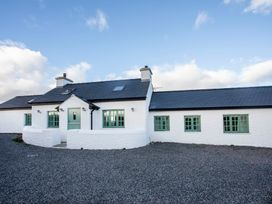 4 bedroom Cottage for rent in Rhoscolyn