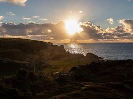Mwythus - Anglesey - 1008935 - thumbnail photo 18