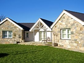 Pen y Bont Bach - Anglesey - 1008967 - thumbnail photo 1