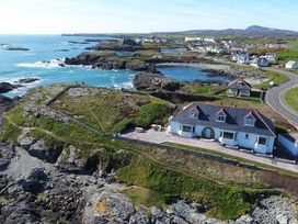 Rockside - Anglesey - 1008996 - thumbnail photo 1