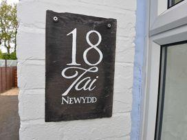 18 Tai Newydd - Anglesey - 1009020 - thumbnail photo 2