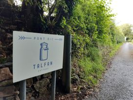 Talfan Cottage - Anglesey - 1009023 - thumbnail photo 34