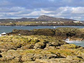 The Bay - Anglesey - 1009038 - thumbnail photo 20
