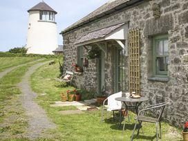 Three Gates - Anglesey - 1009041 - thumbnail photo 1