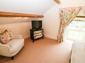 The Little Coach House - North Wales - 1009044 - thumbnail photo 14