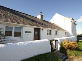 Beach House - Dryll-Y-Gro - Anglesey - 1009051 - thumbnail photo 2