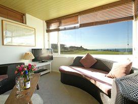Beach House - Dryll-Y-Gro - Anglesey - 1009051 - thumbnail photo 5