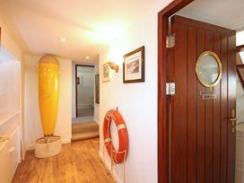 Beach House - Dryll-Y-Gro - Anglesey - 1009051 - thumbnail photo 13