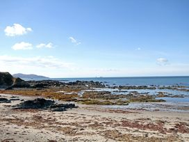 Beach House - Dryll-Y-Gro - Anglesey - 1009051 - thumbnail photo 28