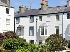 Tri Raglan Mawr - Anglesey - 1009057 - thumbnail photo 1