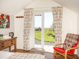 Tymynydd Cottage - Anglesey - 1009088 - thumbnail photo 18