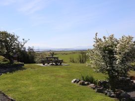 Tymynydd Cottage - Anglesey - 1009088 - thumbnail photo 32