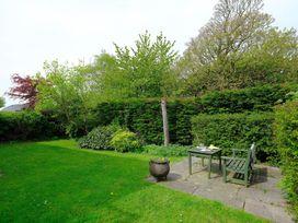 Vine Tree Barn - Anglesey - 1009100 - thumbnail photo 19