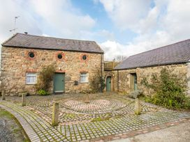 Vine Tree Barn - Anglesey - 1009100 - thumbnail photo 20