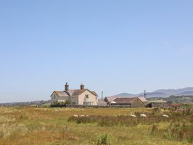 Warren Farmhouse - North Wales - 1009103 - thumbnail photo 37