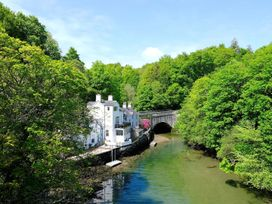Waterside - Anglesey - 1009105 - thumbnail photo 1