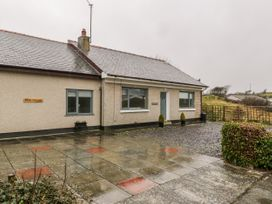 Rock Cottage - Anglesey - 1009429 - thumbnail photo 1