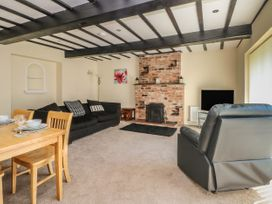 Cherry Tree Cottage - North Wales - 1009527 - thumbnail photo 3