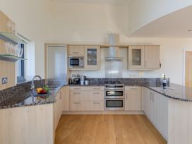 Westbay Penthouse - Dorset - 1009810 - thumbnail photo 7