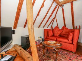 The Hobbit House - Somerset & Wiltshire - 1009836 - thumbnail photo 13