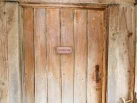 The Hobbit House - Somerset & Wiltshire - 1009836 - thumbnail photo 2