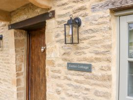 Easter Cottage - Cotswolds - 1009854 - thumbnail photo 3