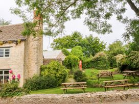 Easter Cottage - Cotswolds - 1009854 - thumbnail photo 46