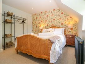 Easter Cottage - Cotswolds - 1009854 - thumbnail photo 20
