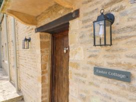 Easter Cottage - Cotswolds - 1009854 - thumbnail photo 4