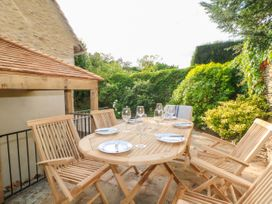 Easter Cottage - Cotswolds - 1009854 - thumbnail photo 37