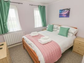 Greenacre Apartment - South Wales - 1009879 - thumbnail photo 13