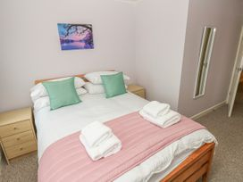 Greenacre Apartment - South Wales - 1009879 - thumbnail photo 14