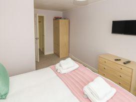 Greenacre Apartment - South Wales - 1009879 - thumbnail photo 15