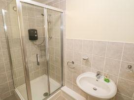 Greenacre Apartment - South Wales - 1009879 - thumbnail photo 16