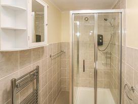 Greenacre Apartment - South Wales - 1009879 - thumbnail photo 17