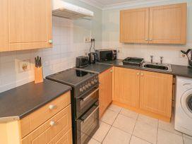 Greenacre Apartment - South Wales - 1009879 - thumbnail photo 9