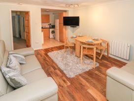 Greenacre Apartment - South Wales - 1009879 - thumbnail photo 6