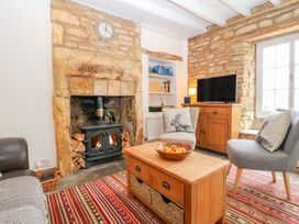 Thrower's Cottage - Cotswolds - 1009998 - thumbnail photo 4