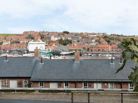 Rails End - Whitby & North Yorkshire - 1010075 - thumbnail photo 9